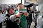 Фоторепортаж: «Прокремлевская молодежь расстреляла «коррупционера»»