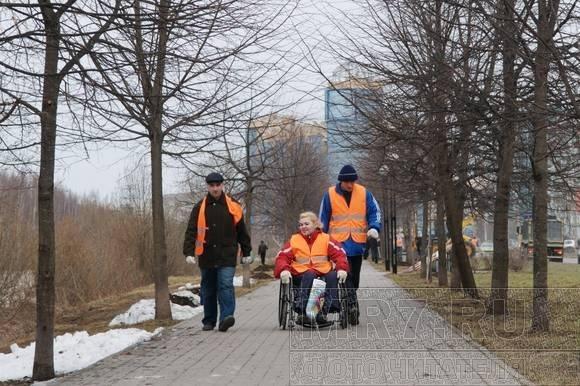 Аллею Чернобыльцев очистили от мусора: Фото