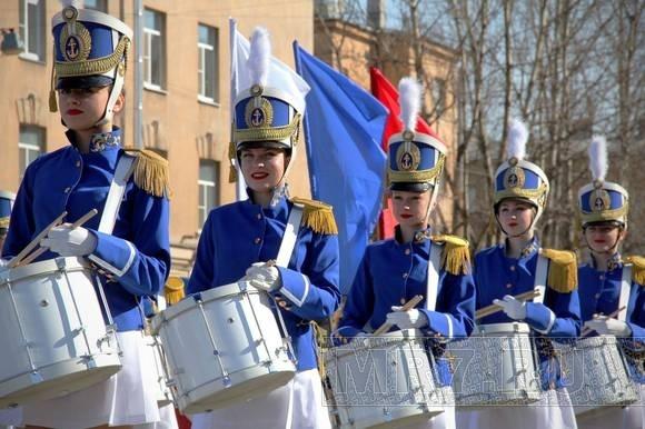 В Кировском районе праздновали День пожарных: Фото