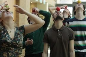 В Петербурге прошел фестиваль жонглеров и фокусников
