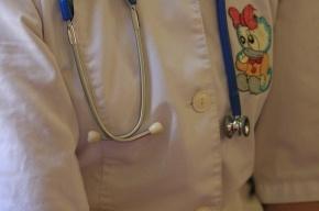 Почему номерки к детским врачам дают раз в месяц?