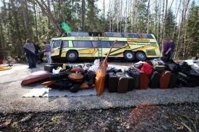 Двое детей из Петербурга, пострадавших в ДТП, остаются в больнице Тарту (ФОТО)