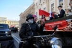 Фоторепортаж: «По Невскому проспекту прошли ветераны (фото)»