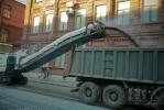 Скоро ПМЭФ: на Уральской укладывают асфальт: Фоторепортаж