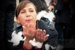 Дворцовая площадь покрылась крыльями ангелов: фоторепортаж с Дня города: Фоторепортаж