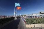 Фоторепортаж: «Атмосфера вокруг саммита «большой восьмерки»: фоторепортаж из Довиля»