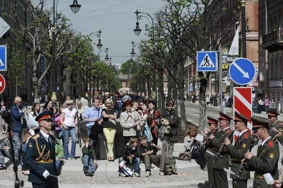 Большую Конюшенную улицу открыли после ремонта: Фото