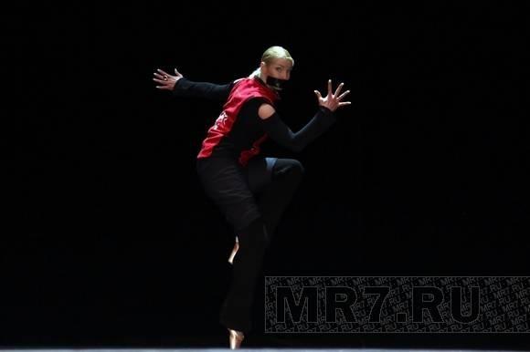 В Петербурге прошла премьера танцевального шоу Анастасии Волочковой «Аплодисменты»: Фото