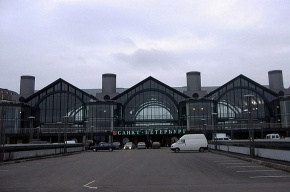 Бомбу на Ладожском вокзале не нашли