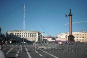 Дворцовая площадь к Дню города готова