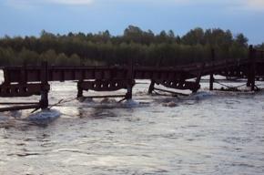 В Хакасии паводок смыл строящийся мост