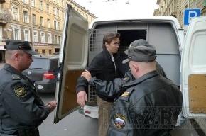 Акция у белорусского консульства закончилась задержанием оппозиционера-«яблочника»