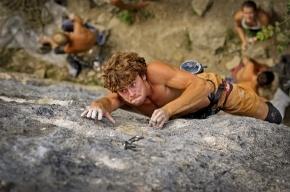 На скалах Ленобласти фотографов обучат экстремальной съемке