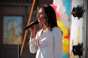 На Исаакиевской площади пели караоке по-петербургски
