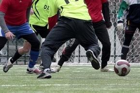 Футболисты избили арбитра до комы