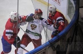 Проиграв чемпионат, Россия осталась на первом месте