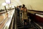 Фоторепортаж: «Девушка-инвалид вынудила губернатора задуматься о модернизации эскалаторов»