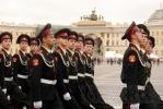Фоторепортаж: «На Дворцовой площади курсанты репетировали свой выпуск»