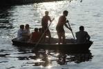 Девушку с веслом торжественно открыли: Фоторепортаж