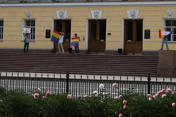 Sergei-Chernov_Gay-Pride_09.jpg