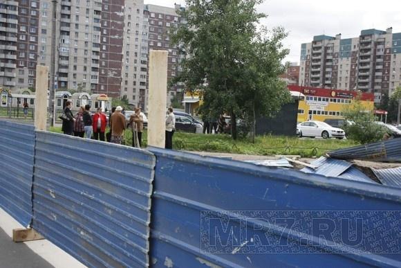 na-uglu-kamishovoy-i-staroderevenskoy-zakrili-kazino