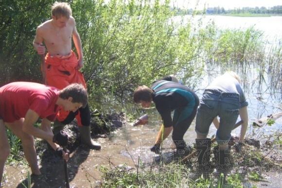 Добровольцы пытаются спасти Ивановский карьер: Фото