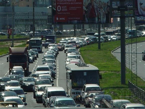 На Выборгском шоссе транспортный коллапс: Фото
