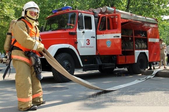 В поликлинике на улице Орджоникидзе тренировались пожарные: Фото