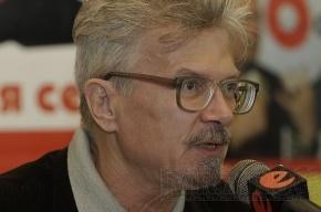 Эдуард Лимонов приехал в Петербург на «Антифорум»