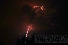 МЧС вновь предупреждает о грозах и ветре в Ленобласти