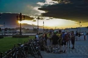 Петербургские велолюбители проведут вместе белую ночь