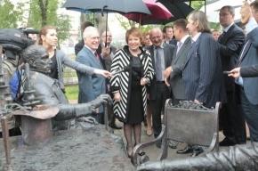 Матвиенко: главе «Газпрома» нужно поставить памятник
