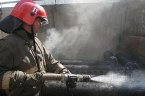 В Петербурге горит цех Обуховского завода