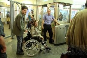 Девушка-инвалид вынудила губернатора задуматься о модернизации эскалаторов