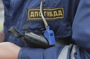 Инспектор ГИБДД ранил подростков, катавшихся на иномарке