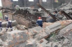 Во Владивостоке обрушилась стена: двое погибли