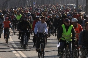 Велоночь в Петербурге: Первый культурный велопробег с итальянцами