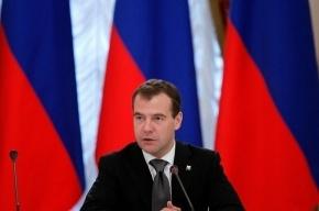 Медведев: попавшихся на допинге спортсменов будут увольнять