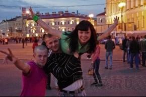 В Петербурге прошли «Алые паруса» (фоторепортаж)