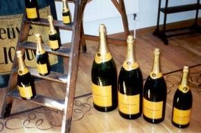 Шампанское со дна Балтийского моря продали за 24 тысячи евро