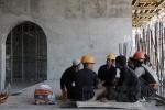 Фоторепортаж: «Почему стадион на Крестовском так долго и дорого строят»