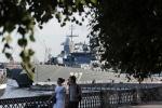 Фоторепортаж: «На Неве проходят репетиции военно-морского парада»