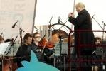 Фоторепортаж: «В Петербурге звучала «Музыка на воде» (фоторепортаж)»