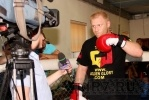 Сергей Харитонов: «Верю в победу, хорошо бью, могу выпить и закусить»: Фоторепортаж
