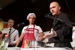 Фоторепортаж: «Роман Широков признался, что любит мясные блюда»