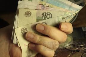 На переезде через железную дорогу в районе Кудрово делают деньги?