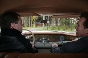 Медведев подписал закон о техосмотре