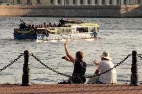 В Петербурге звучала «Музыка на воде» (фоторепортаж)