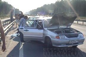 Женщину и трех детей на Колтушском шоссе после столкновения зажало в «Ладе»