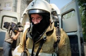 Из задымленного офиса на Богатырском эвакуировали 45 человек